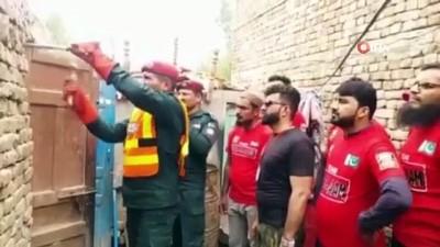 - 300 kiloluk obez adam askeri helikopterle hastaneye kaldırıldı