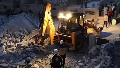 İdlib'e hava saldırıları: 5 ölü