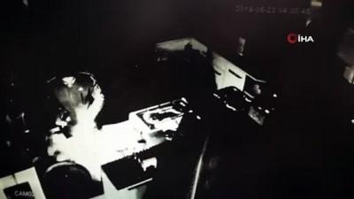 Hırsızlar lokantacının veresiye defterini çalarken kameralara yakalandı