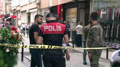 Beşiktaş'ta apartman yöneticisiyle kiracı arasında çıkan tartışmada kan aktı