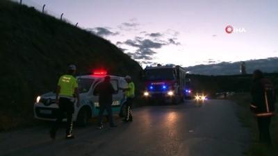 Ankara'da otomobil uçurumdan uçtu: 1 ölü