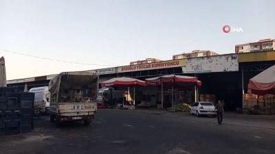 Diyarbakır sebze ve meyve hali içerisinde uzun namlulu silahla kavga: 1 ölü