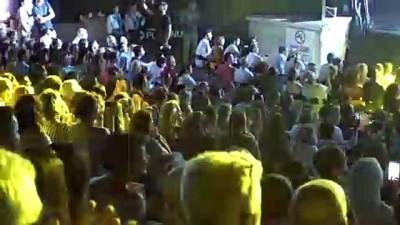 Selami Şahin Harbiye'de konser verdi - İSTANBUL