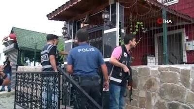 Pitbullarla korunan şatoya veterinerli polis baskını