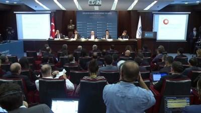 """TCMB Başkanı Uysal, """"Bazı birimlerimizi İstanbul'a taşıma noktasında çalışmalara başladık"""""""