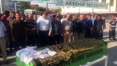 Trafik kazasında hayatını kaybeden 12 yaşındaki Mustafa Oğuzhan Metin'in cenazesi - KONYA