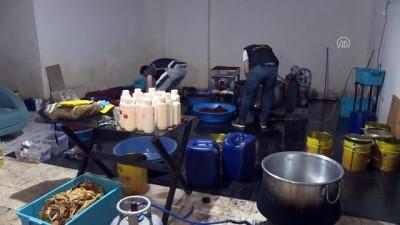 Yaklaşık 3 ton kaçak nargile tütünü ele geçirildi - İSTANBUL