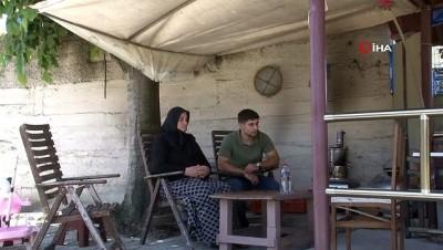Evinin bahçesinde çocuklarıyla oturan kadının başına maganda kurşunu isabet etti