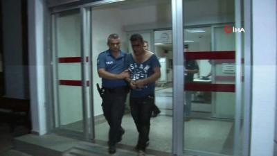 Küçük kız çocuğuna taciz ettiği iddia edilen kişi mahalleli tarafından öldüresiye dövüldü