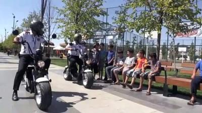 Millet Bahçesi'nin scooterli güvenlik görevlileri - GAZİANTEP