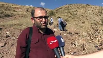 Çukur kapatmak isterken tarihi Türk tamgaları buldular - ERZURUM