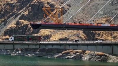 Yeni Kömürhan Köprüsü'nde birleşmeye 198 metre kaldı (2) - ELAZIĞ