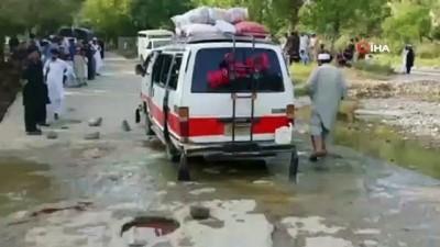 - Pakistan'da minibüse silahlı saldırı: 6 ölü, 5 yaralı