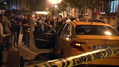 Zeytinburnu'nda taksiciye gaspçı dehşeti