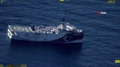 Fatih Sondaj ve Oruçreis Araştırma Gemileri deniz karakol uçakları ve İHA'ların eşliğinde Deniz Kuvvetlerimize ait unsurlar refakat görevini sürdürüyor