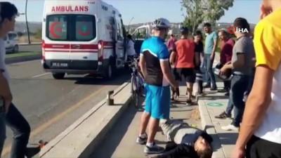 Otomobile arkadan çarpan motosiklet sürücüsü yaralandı