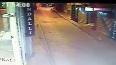 Fatih'te yabancı uyruklu 8 kişinin bıçaklı saldırısına uğrayan çocuk yaşam mücadelesi veriyor