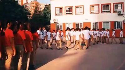 Ortaokul öğrencilerinden 29 Ekim koreografisi - ADANA