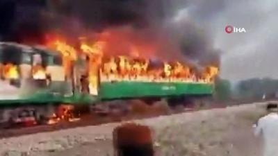 - Pakistan'da Tren Yangını Faciası: 62 Ölü