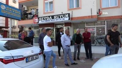 Antalya'da 700 bin liralık çoraplı kuyumcu soygunu