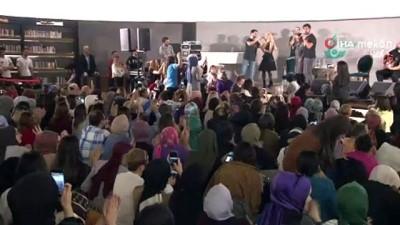 """Ünlü şarkıcı Yusuf Güney: """"Vatani görev bitmez arkadaşlar. Sadece askerlikte değil sivilde de vatani görev devam eder"""""""