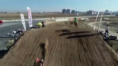 Türkiye Motokros Şampiyonası, 4. ayak yarışlarıyla tamamlandı - AFYONKARAHİSAR