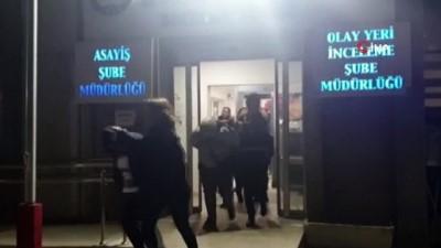 İzmir'de masaj salonlarına fuhuş baskını: 12 kişi tutuklandı