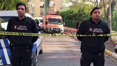 Bakırköy'de 3 kişi evde ölü bulundu (2) - İSTANBUL