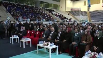 AK Parti'li Kaya: 'Dünyada açlıkla kıvranan 152 milyon çocuk var' - VAN