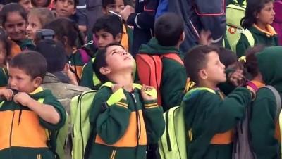 Türkiye tarafından onarılan okulda ders başı yapıldı