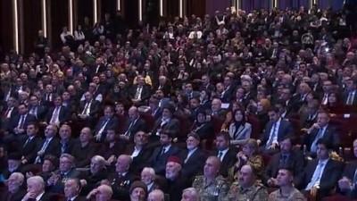 Cumhurbaşkanı Erdoğan: ''On binlerce Müslümanın kanını döken bir caniyi savunan, öven bir şahsın böyle bir ödüle layık görülmesi, utanç vericidir, rezalettir'' - ANKARA