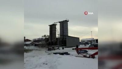 - Çimento fabrikasının silosu aracının üzerine devrilen kişi şok yaşadı