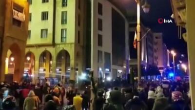 - Lübnan'da protestoların 2. gününde 145 kişi yaralandı