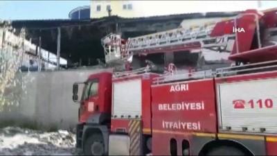 Tüp patlaması sonucu çıkan yangın paniğe neden oldu