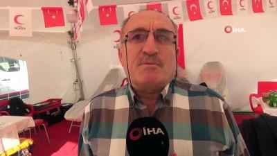 65 yaşındaki Abdurrahman amca 51'inci kez kan bağışında bulundu