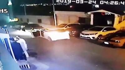 Gece kulübü önünde silahlı kavga kamerada