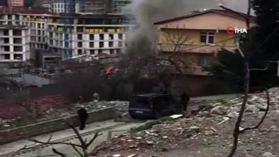 Çengelköy'de tek katlı evde korkutan yangın