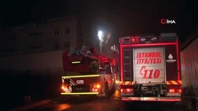 Esenyurt' dört katlı bir tekstil fabrikasında yangın... Olay yerinde çok sayıda itfaiye ekibi sevk edildi