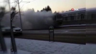 Personel servisi otobüs alev alev yandı