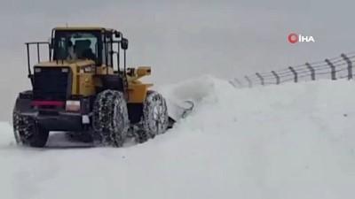 Sivas Meraküm'de kar kalınlığı 2 metreye ulaştı