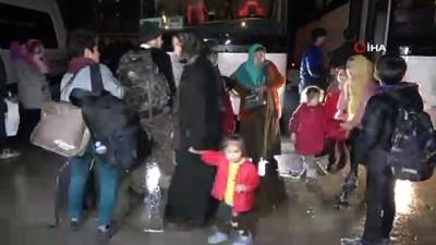 Kırıkkale'deki mültecilerin Avrupa'ya geçmek için yola çıktı