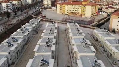 Deprem bölgesinde ikinci konteyner kente aileler yerleşmeye başladı