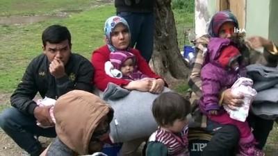 Çanakkale'den Yunanistan'a geçmeyi bekleyen mültecilere giyim ve erzak yardımı