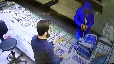Kuyumcudan hırsızlık anı güvenlik kamerasına yansıdı - AKSARAY