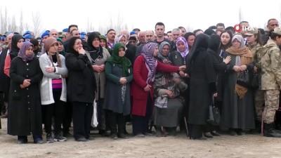 Şehit Uzman Çavuş Fatih Kara Iğdır'da son yolculuğuna uğurlandı
