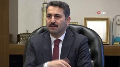 """Başkan Eroğlu: """"Toplantılardan uzak durmak önemli"""""""