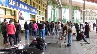 - Antalya otogarı izin komisyonu önünde aşırı yoğunluk