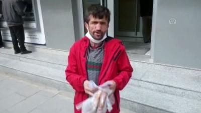 Simitçi Erkan bir günlük geliriyle 'Milli Dayanışma Kampanyası'na destek verdi - KOCAELİ