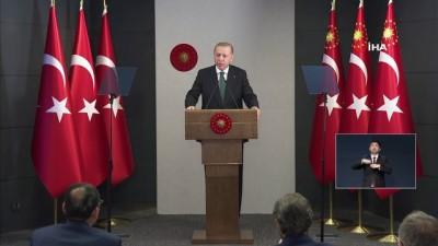 """Cumhurbaşkanı Erdoğan: 'Tüm dünya gibi ülkemizde de yeni bir dönemin kapıları açılacaklardır. Artık tünelin ucu göründü. Ramazan Bayramını çifte bayram olarak kutlamayı Rabbim bizlere nasip etsin"""""""
