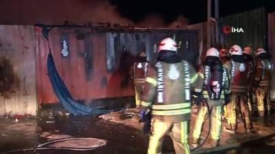 Hurdalık alanda çıkan yangın için itfaiye ekipleri seferber oldu